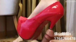 Chinese loli goddess High heel urethral insertion handjob cum 萝莉女王高跟差马眼撸射