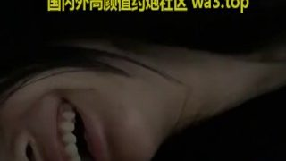 China 国产 主播 网红 平台约的极品妹子爆她菊花没想到是处插得她直叫好痛啊屎快出来了
